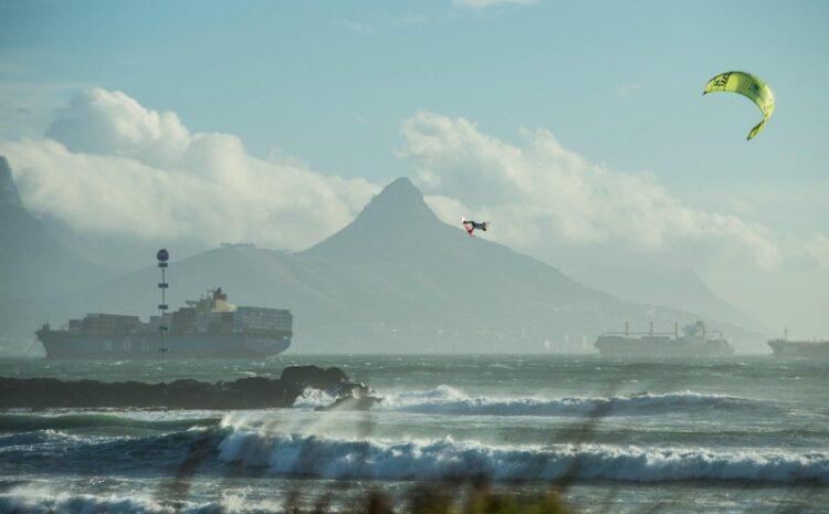 Ektreme Big Air Kiteboarding